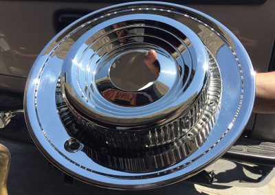 69-Cadillac-Stainless-Hub-Caps-2-